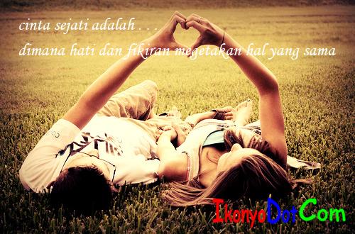 status fb cinta